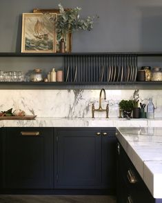 black and white kitchen design, tuxedo kitchen with black cabinets nad white marble countertop with open shelf styling, traditional kitchen design, glam kitchen design with gold hardware Kitchen Renovation, House Interior, Traditional Kitchen Design, White Kitchen Design, Kitchen Remodel, Home Kitchens, White Marble Countertops, Kitchen Interior, Black Kitchen Cabinets