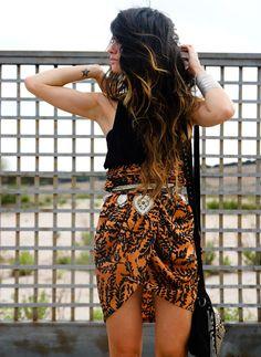Amo este cinturon con esta falda!    -Madame de Rosa
