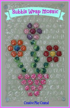 Big bubble wrap mosaic from Creative Play Central Bubble Wrap Crafts, Bubble Wrap Art, Kids Crafts, Craft Projects, Arts And Crafts, Craft Kids, Mosaic Flowers, Kindergarten Art, Creative Play