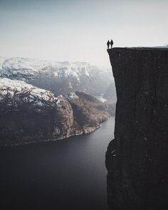 Only couple goals can overcome you fear of heights. So who would dare to stand with your there?❤️ Preikestolen in Norway by @bokehm0n   Discover the most hidden places on our travel map! www.mapiac.com