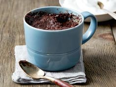 Made with GF Self raising Flour Look at this recipe - Chocolate Cake in a Mug - from Ree Drummond and other tasty dishes on Food Network. Chocolate Mug Cakes, Best Chocolate, Chocolate Desserts, German Chocolate, Chocolate Lovers, Chocolate Chips, Mocha Chocolate, Giant Chocolate, Mini Desserts