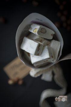 weißer Nougat mit Mandeln, Haselnüssen und Pistazien-Rezept-6