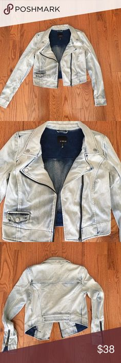 KIIND OF bleach denim jacket Bleach denim jacket in a size small. Gently worn. It's a stretchy jean fabric. Jackets & Coats Jean Jackets