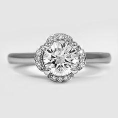 Gorgeous flower diamond ring.