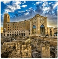 Photograph Lecce - Anfiteatro Romano by Tony Gagliani on Italy Vacation, Italy Travel, Beautiful Places To Visit, Cool Places To Visit, Monuments, Lecce Italy, Architecture Antique, Italy Holidays, Holidays 2017