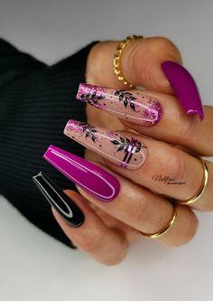 Magenta Nails, Chic Nails, Cute Nail Designs, Holiday Nails, S Pic, Manicures, Nail Inspo, Nails Inspiration, Ballerina