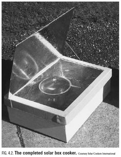 I have wanted to build a solar oven for years, I've just never gotten around to it. Great for emergencies and not having to use the oven on a hot summer day. Here's one to maybe try, though some sites tell you to be sure all your supplies are non-toxic.