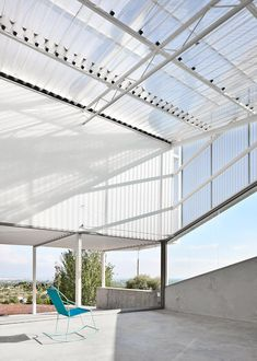Casos de Casas' plastic-clad house designed to adapt to all the Spanish seasons.