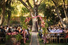 Теплая и душевная летняя свадьба от Amanda McKinnon