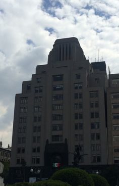Av Juárez 4  Edificio La Nacional 1929 Foto Angélica Petit de Murat 2015