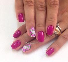 Nails #linda #amoessacor #mimo #botaozinhos #rosa #delicado #madahsantana #manicure #nailart #naoeadesivo #tudofeitoamaolivre #unhasdasemana #unhasdecoradas ❤️