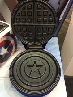 Is this legit a thing?! I want a Captain America waffle maker!! I would eat waffles everyday!