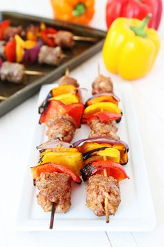 Sausage and Pepper Skewers Recipe on twopeasandtheirpo…. This quick and easy g… Sausage and Pepper Skewers Recipe on twopeasandtheirpo…. This quick and easy grilling recipe is perfect for summer! Kielbasa Sausage, Grilled Sausage, Grilled Food, Sausage And Peppers, Stuffed Peppers, Kebabs On The Grill, Skewer Recipes, Low Carb Side Dishes, Sausage Recipes