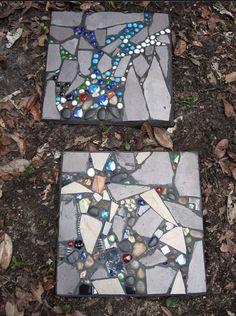 Gardening Pavers mixed mosaic - Decorative stepping stones have had a major impact as far as beautifying home gardens is concerned. Check out the best design ideas here. Decorative Stepping Stones, Mosaic Stepping Stones, Pebble Mosaic, Mosaic Art, Mosaic Glass, Stained Glass, Homemade Stepping Stones, Mosaic Crafts, Mosaic Projects
