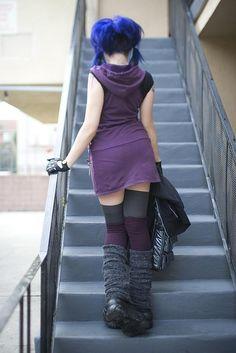 hooded dress, coloured hair, fingerless gloves, leg warmers.