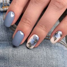"If you're unfamiliar with nail trends and you hear the words ""coffin nails,"" what comes to mind? It's not nails with coffins drawn on them. It's long nails with a square tip, and the look has. Grey Nail Designs, Nail Polish Designs, Nail Designs For Summer, Nail Art Ideas For Summer, Flower Nail Designs, Nagellack Trends, Wedding Nails Design, Nail Wedding, Blue Wedding Nails"