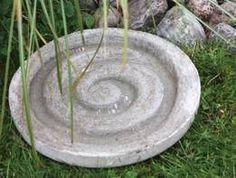 Designs in concrete Cement Art, Concrete Cement, Concrete Crafts, Concrete Projects, Concrete Garden, Concrete Design, Concrete Planters, Concrete Sculpture, Garden Sculpture