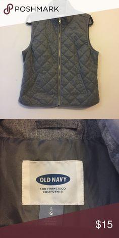 Gray Vest  NWOT MAKE AN OFFER                                    ⭐️❗️BUNDLES special price❗️⭐️      GOLD ZIPPER. NWOT Old Navy Jackets & Coats Vests
