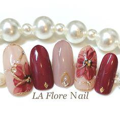 Flower Nail Designs, Red Nail Designs, Nail Designs Spring, Stylish Nails, Trendy Nails, New Year's Nails, Hair And Nails, Bride Nails, Party Nails