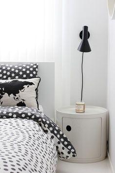 MARQ / clásicos / lámpara AJ / Arne Jacobsen