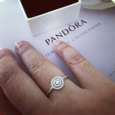 e5d65763f Pandora Ring - Sterling Silver & Cubic Zirconia Radiant Elegance ...