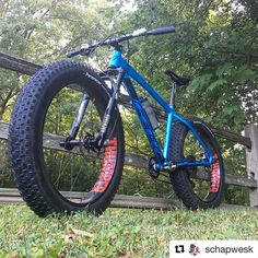 #Repost @schapwesk with @repostapp ・・・ Time for a morning braap session! #bikehavenraceteam #dirtcomponents #dirtambassador #thumperwheels #keepfatbikesfun #fatbike #fatbikes #feltbikes #feltbicycles . . . Such a good angle!