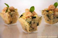 Il Cous Cous gamberetti e zucchine è un piatto estivo molto gustoso fresco e leggero . Perfetto come sfizioso finger food per aperitivi particolari.