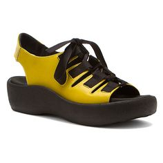 Wolky Lily | Women's - Canary Yellow Smooth