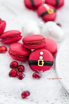 Cranberry Macarons ~ For Santa!