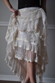 White Lace Skirt, Ruffle Skirt, Evening Gowns Couture, Lace Wrap, Dress Sash, Bridal Sash, Estilo Boho, How To Feel Beautiful, Belly Dance