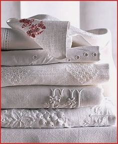 Design Chic: Antique Linens