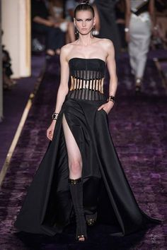 Atelier Versace | Fall 2014 Couture Collection |  Zuhair Murad....#fashion #gown #gowns #dress http://evolvingfashion-hair-nails-clothing.blogspot.com  <3 <3...#fashion #gown #gowns #dress #highfashion #new2015Fashions #designerFashion #highfashiongowns #designerGowns