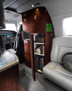 CJ4 Front of Cabin & Cockpit - Cessna Citation Jet