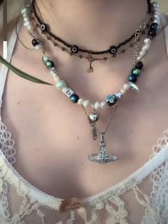 Funky Jewelry, Hippie Jewelry, Cute Jewelry, Beaded Jewelry, Silver Jewelry, Jewelry Accessories, Beaded Necklace, Accesorios Casual, Ring Necklace