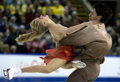 Kaitlyn Weaver & Andrew Poje took the gold medal at Skate Canada 2014 (Ice Dance)