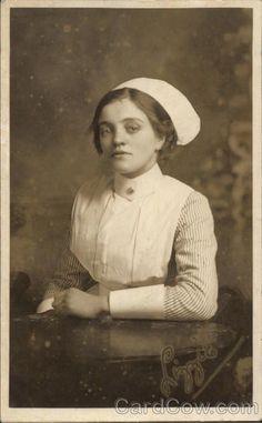 Nurse Pics, Nurse Photos, Pin Up Nurse, History Of Nursing, Medical History, All Nurses, Nurses Day, Vintage Nurse, Vintage Medical