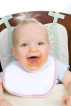 Babyfood101 - free 26 week course includes 52 age appropriate foods to try with baby.