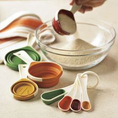 collapsible measuring cups and spoons #kitchen #kitchengadgets