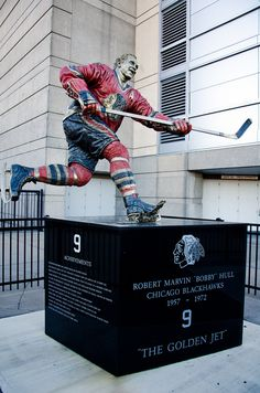 Blackhawks Hockey, Chicago Blackhawks, Chicago Bears, Bobby Hull, United Center, Hockey Stuff, Black Hawk, National Hockey League, Hockey Players