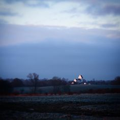 Morgensol på Kærum Kirke #beautiful #outdoor #nature #landscape #bestofscandinavia #worldunion #wu_europe #igers #igdaily #igscandinavia #danmark #nofilter #vsco #vscocam #picoftheday #photooftheday #instagood #instamood #instadaily #assens #assensnatur #visitassens #visitdenmark #instapic #instagram #friluftsliv #solopgang #winter