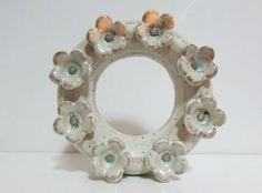 Mini Guirlanda para pendurar Cerâmica artesanal de alta temperatura Cor: Branco com Piscina