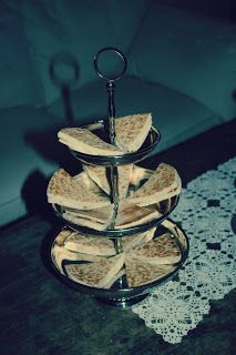 Oldemor Hildur Ellevsøys tykklefse Tiered Cakes, Baking, Cakes, Bread Making, Patisserie, Backen, Bread, Sweets, Reposteria