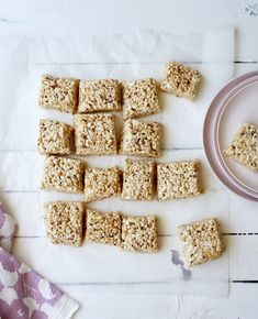 How To Make Better-than-the-Box Rice Krispies Treats. This rice krispie treats recipe is THE BEST. A riff on the original recipe, and just as soft, delicious, and easy, but even better than you've ever had before. Homemade Rice Krispies Treats, Rice Crispy Treats, Krispie Treats, Crispy Cookies, Butter Rice, Brown Butter, Peanut Butter, Bake Sale Treats, Rice Crisps