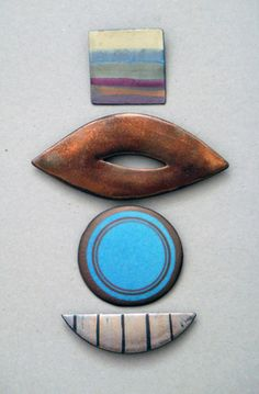 Ceramics by Sarah Perry at Studiopottery.co.uk - Brooches, 2008.