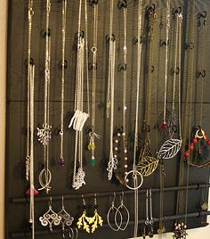 Design ideas for organizing jewelry