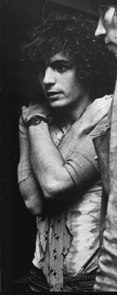 Syd Barrett ..shine on you crazy diamond..