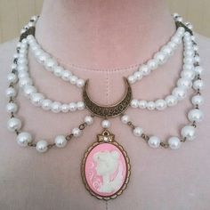 Princess Serenity Enchanted Cameo Choker Pearl Necklace (Sailor Moon) ($35) ❤ liked on Polyvore featuring jewelry, necklaces, white pearl necklace, antique cameo pendants, antique pendant necklace, cameo pearl necklace and pearl choker