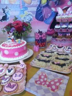 Minnie Mouse Birthday Party!