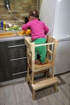 La tour d'observation Montessori {tuto inside} Ikea Montessori, Tour Dapprentissage, Tour D Observation Montessori, Chaise Ikea, Eclectic Modern, Types Of Wood, Kitchen Cart, Kids Room, Tours