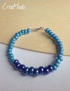 Bracelet orné de perles en verre. par CreaMode sur Etsy
